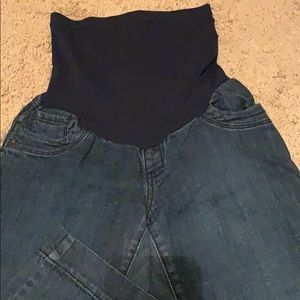 Motherhood Maternity Capris Jeans Sz M